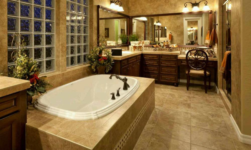 kamar mandi rumah di kemanggisan