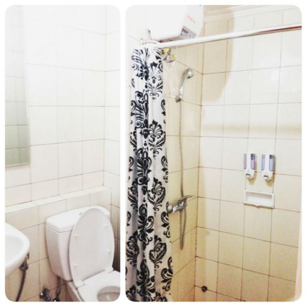 kamar-mandi-rumah-di-tanjung-duren